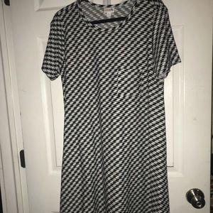 Lularoe houndstooth Carly Dress- Large